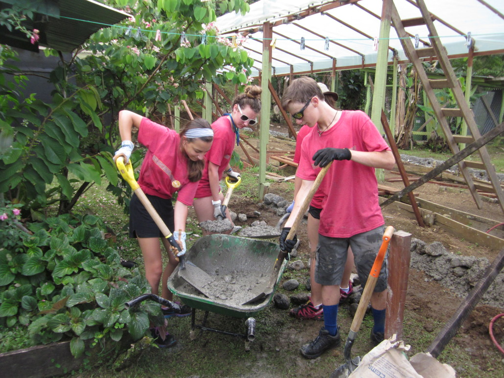 Building a Greenhouse on ARCC's Costa Rica Summer Program