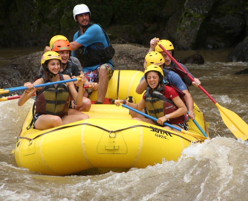 ARCC Students Rafting The Pacuare River